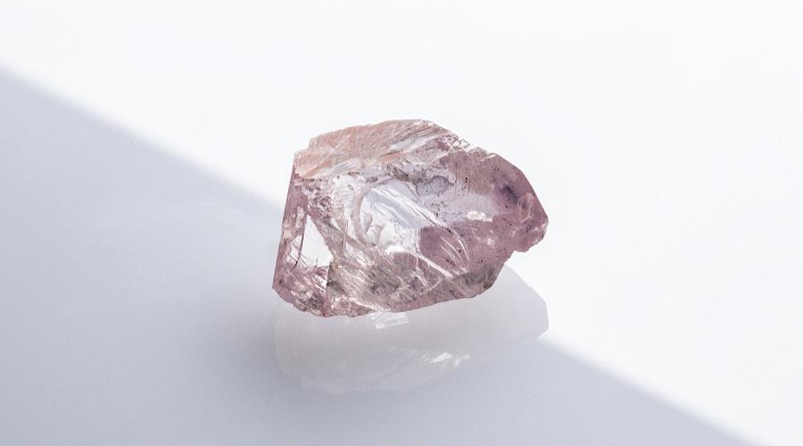 32.33 carats rough pink diamond petra diamonds