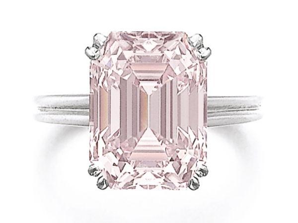 8.73 carat Intense Pink Diamond, vvs2