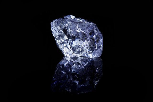 The Argyle Violet Diamond in the Rough