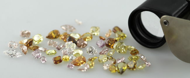 Sorting Mixed Colored Diamonds