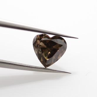 Fancy Dark Brown, 1.05 carat, VS1