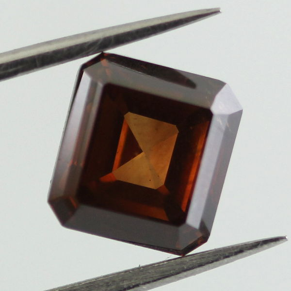 Fancy Deep Orange Brown Diamond, Radiant, 2.04 carat - B