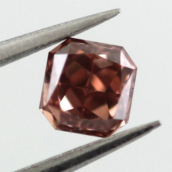 Fancy Deep Orangy Pink Diamond, Radiant, 0.38 carat, VS2- C