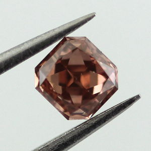 Fancy Deep Orangy Pink Diamond, Radiant, 0.38 carat, VS2