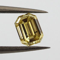 Fancy Deep Yellow, 0.52 carat