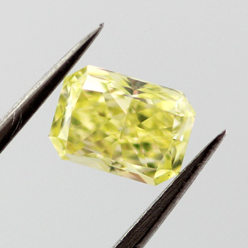 Fancy Intense Green Yellow Diamond, Radiant, 0.67 carat, VS1 - C
