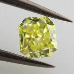 Fancy Intense Green Yellow, 0.34 carat