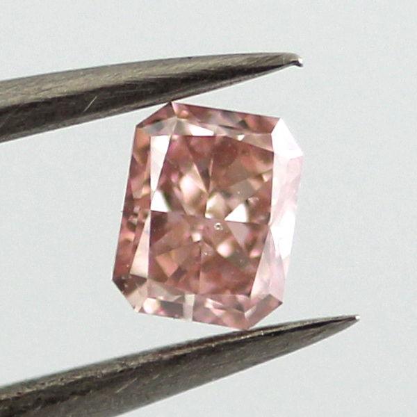 Fancy Intense Pink Diamond, Radiant, 0.30 carat, SI2