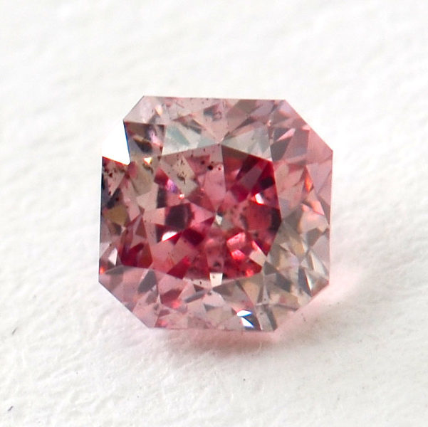 Fancy Intense Purplish Pink Diamond, Radiant, 0.15 carat