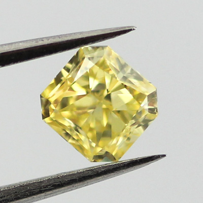 Intense Yellow Diamond with Strong Fluorescence