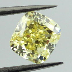 Fancy Intense Yellow, 1.00 carat, SI2