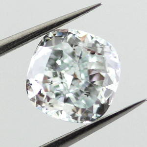 Fancy Light Greenish Blue, 0.85 carat, SI1