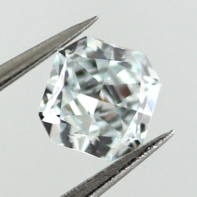 Fancy Light Greenish Blue Diamond, Radiant, 0.37 carat, VVS2 - B