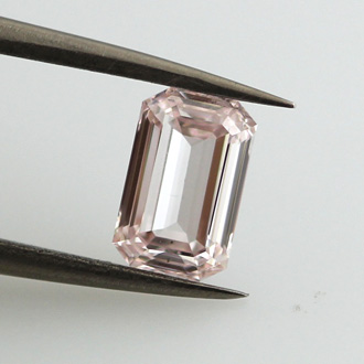 Fancy Light Pink, 1.02 carat, VS2
