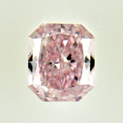 Fancy Light Pink, 0.34 carat, SI1