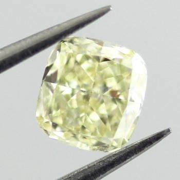 Fancy Light Yellow, 0.41 carat, SI1