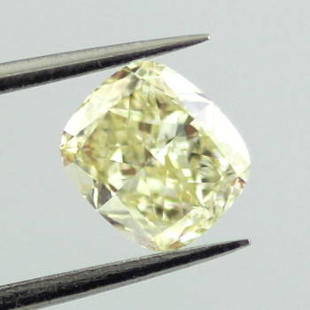 Fancy Light Yellow, 0.91 carat, SI1