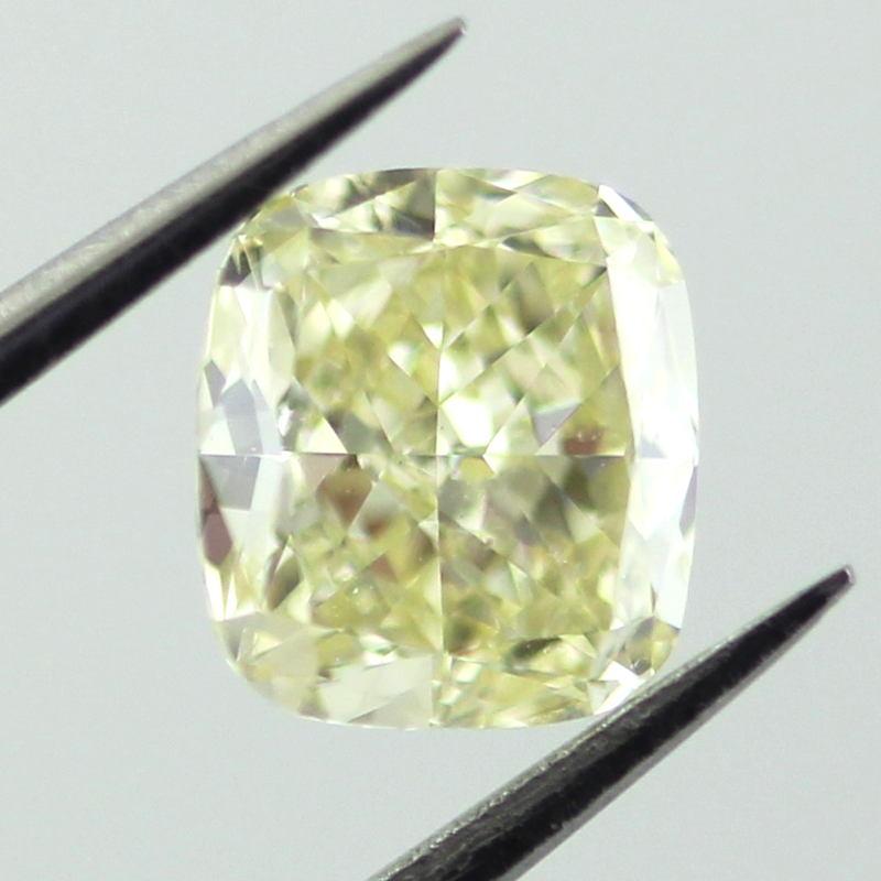 Fancy Light Yellow, 0.92 carat, VS2