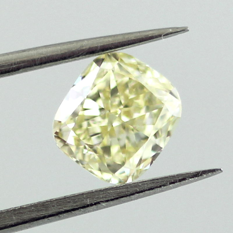 Fancy Light Yellow Diamond, Cushion, 0.91 carat, VVS2 - B