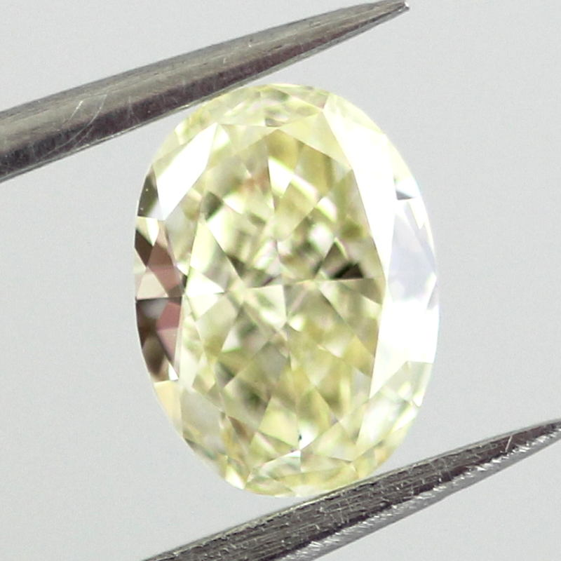Fancy Light Yellow Diamond, Oval, 0.53 carat, VVS1 - B