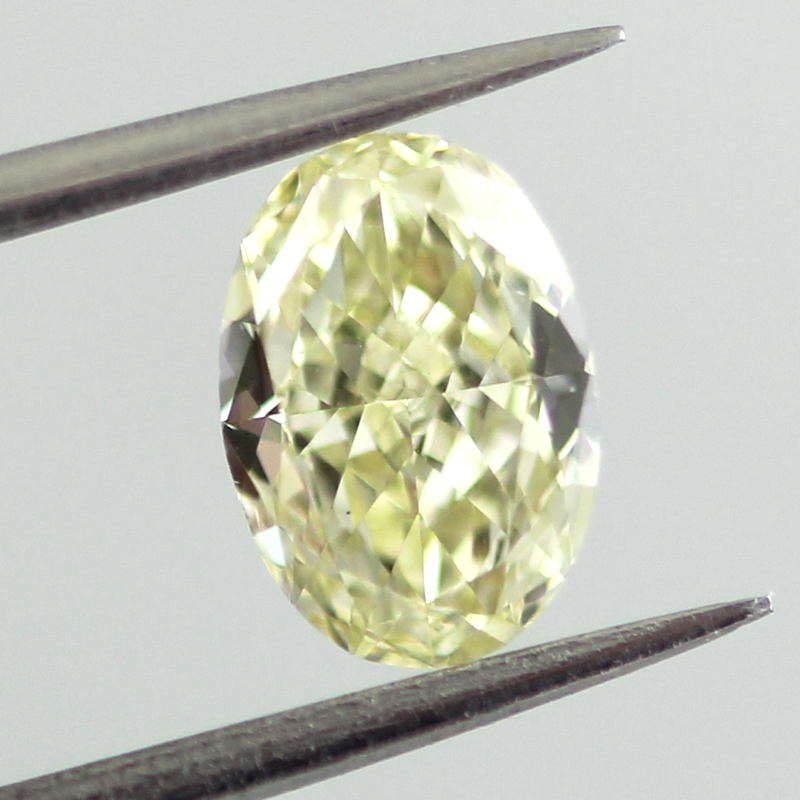 Fancy Light Yellow Diamond, Oval, 0.61 carat, VS2