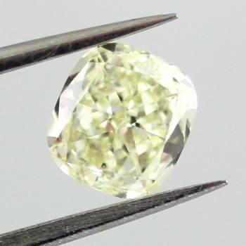 Fancy Light Yellow Diamond, Cushion, 0.80 carat, VS1 - Thumbnail