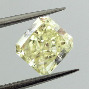 Fancy Light Yellow, 1.13 carat, VS2