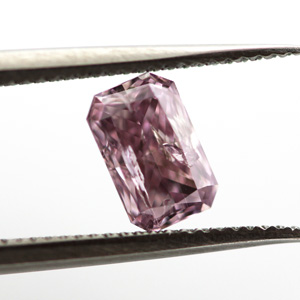 Fancy Purplish Pink Diamond, Radiant, 0.45 carat