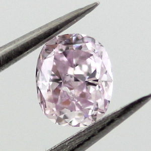 Fancy Purplish Pink, 0.22 carat