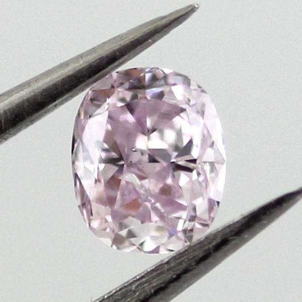 Fancy Purplish Pink Diamond, Oval, 0.22 carat