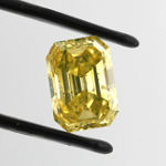 Fancy Vivid Yellow, 3.34 carat, SI2