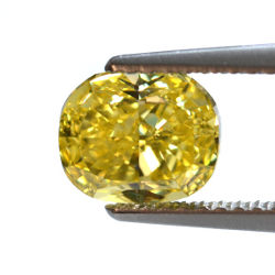 Fancy Vivid Yellow, 1.51 carat, VS2