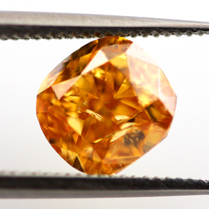 Fancy Vivid Yellowish Orange, 1.53 carat