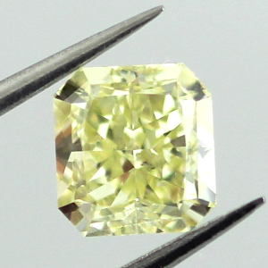 Fancy Yellow, 1.01 carat, SI1