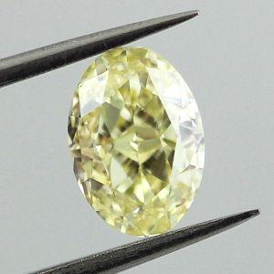 Fancy Yellow, 1.08 carat, VS2