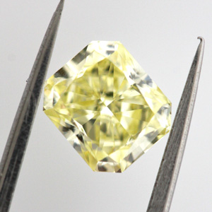 Fancy Yellow, 1.00 carat, VS1
