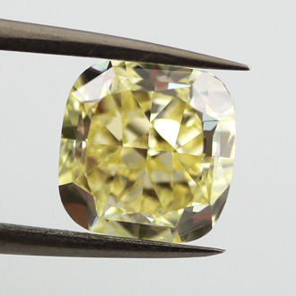 Fancy Yellow, 3.18 carat, VS1