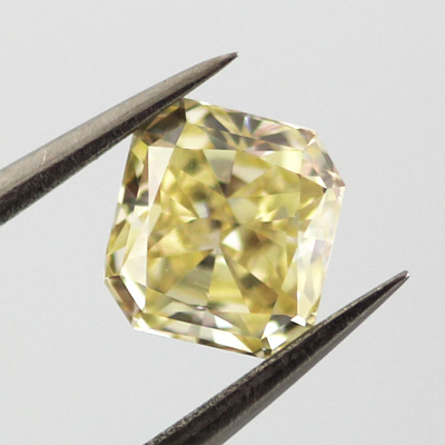 Fancy Yellow, 1.02 carat, SI2