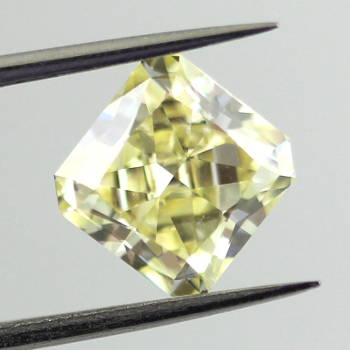Fancy Yellow, 2.23 carat, SI1