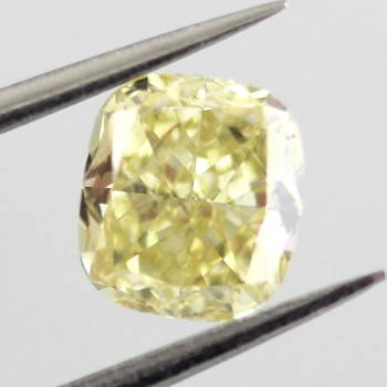 Fancy Yellow, 1.03 carat, SI1
