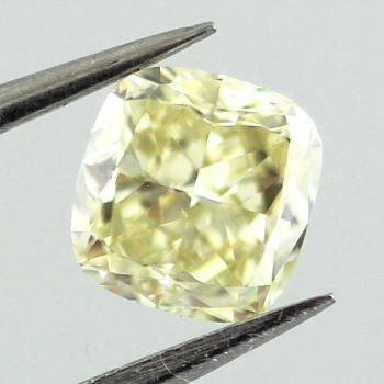 Fancy Yellow, 0.55 carat, VVS2