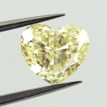 Fancy Yellow, 0.92 carat, VS2