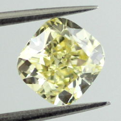 Fancy Yellow, 1.06 carat, VS2