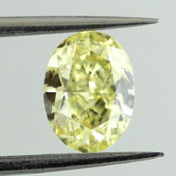 Fancy Yellow, 1.04 carat, VS2