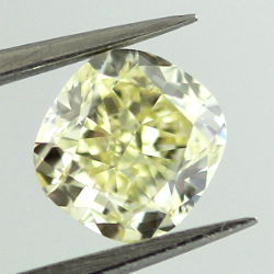 Fancy Yellow, 1.01 carat, VS1