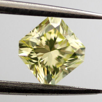 Fancy green Yellow, 0.42 carat, SI1