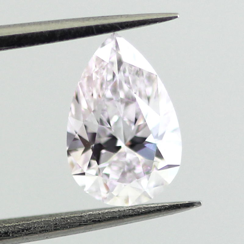Very Light Pink, 0.70 carat, SI1