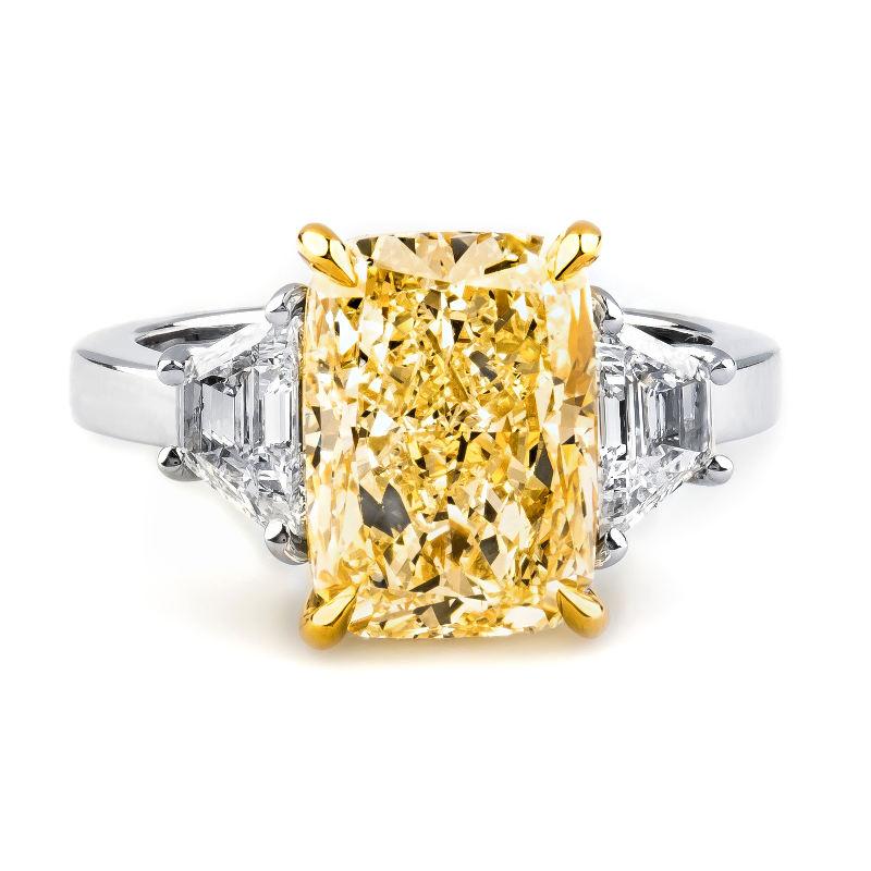 Fancy Light Yellow Diamond Ring, Cushion, 5.34 carat, VS1