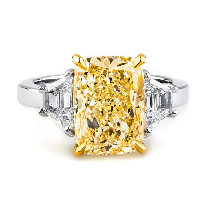 Fancy Light Yellow Diamond Ring, Cushion, 5.34 carat, VS1