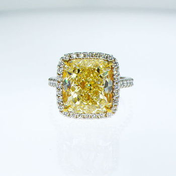 Fancy Light Yellow Diamond Ring, Cushion, 10.05 carat, VS2 - Thumbnail